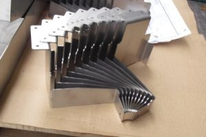 Materiale Alluminio Piegato, Filettato