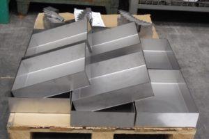 Materiale AISI 304 Piegato, Saldato, Micropallinato